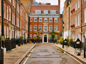 Luxury Homes Prices in London Saw Largest Increase Since July 2015